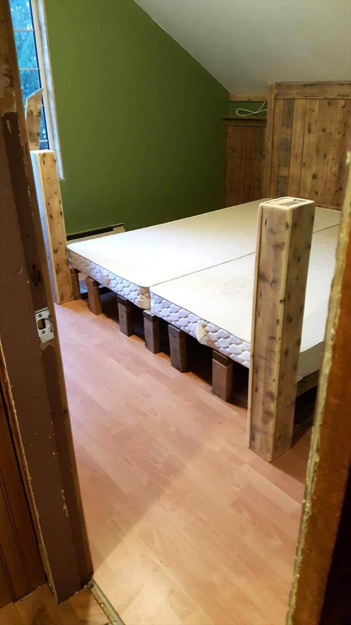 repurposed wooden pallet bed