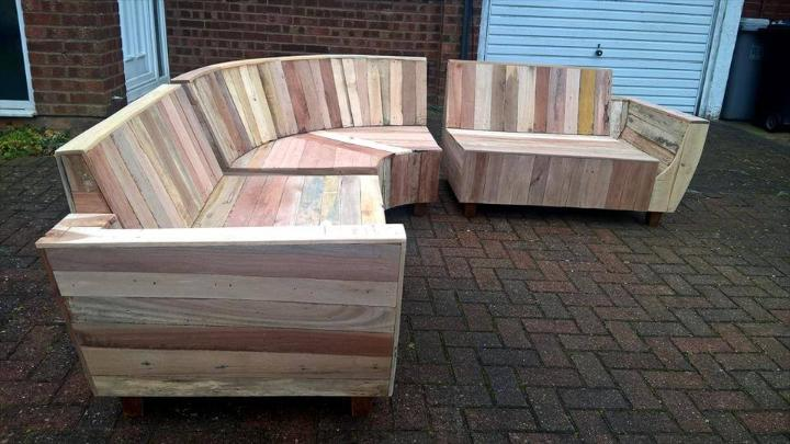 wooden pallet sofa with removable seats