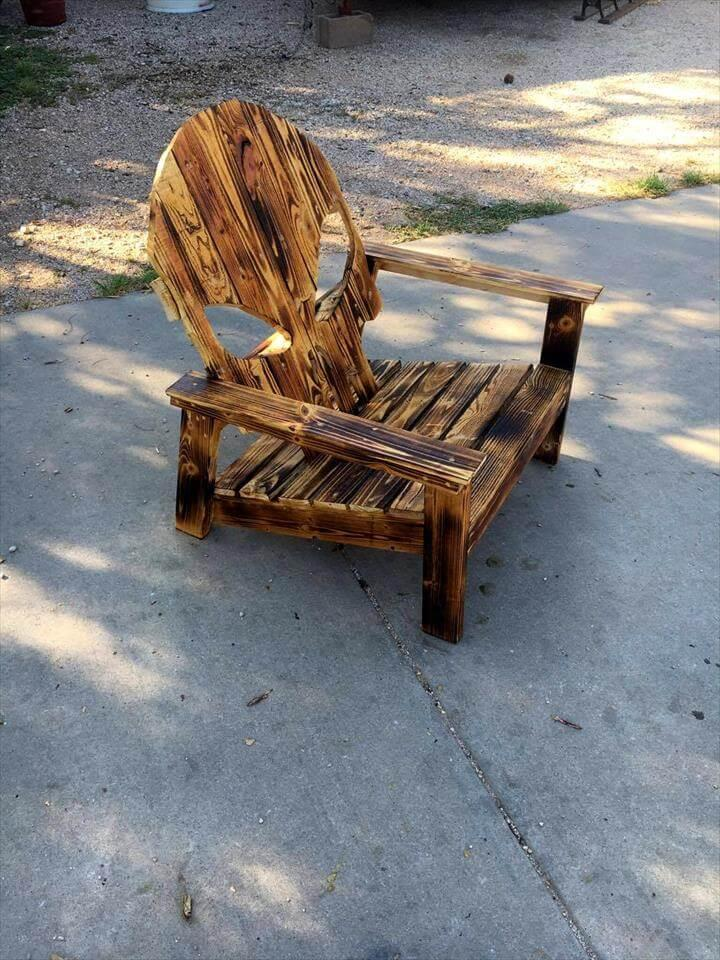 upcycled pallet Adirondack skull chair