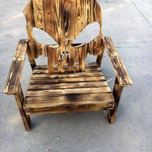 low-cost wooden pallet skull chair