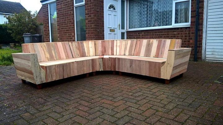 Super Diy Pallet Sofa With Fancy Curves Easy Pallet Ideas Beatyapartments Chair Design Images Beatyapartmentscom