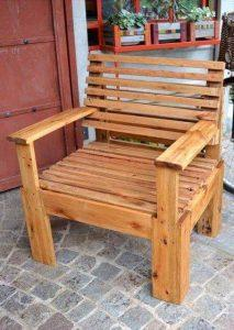 Pallet Chair - Pallet Furniture Ideas - Pallet Ideas - Pallet Projects