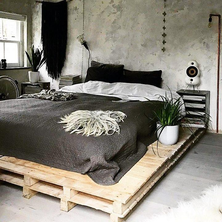 old pallet bed project