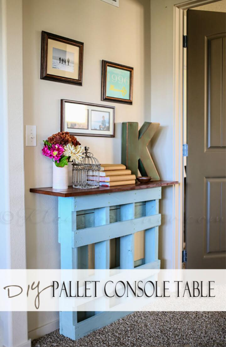Affordable DIY Pallet Console Table for Entry