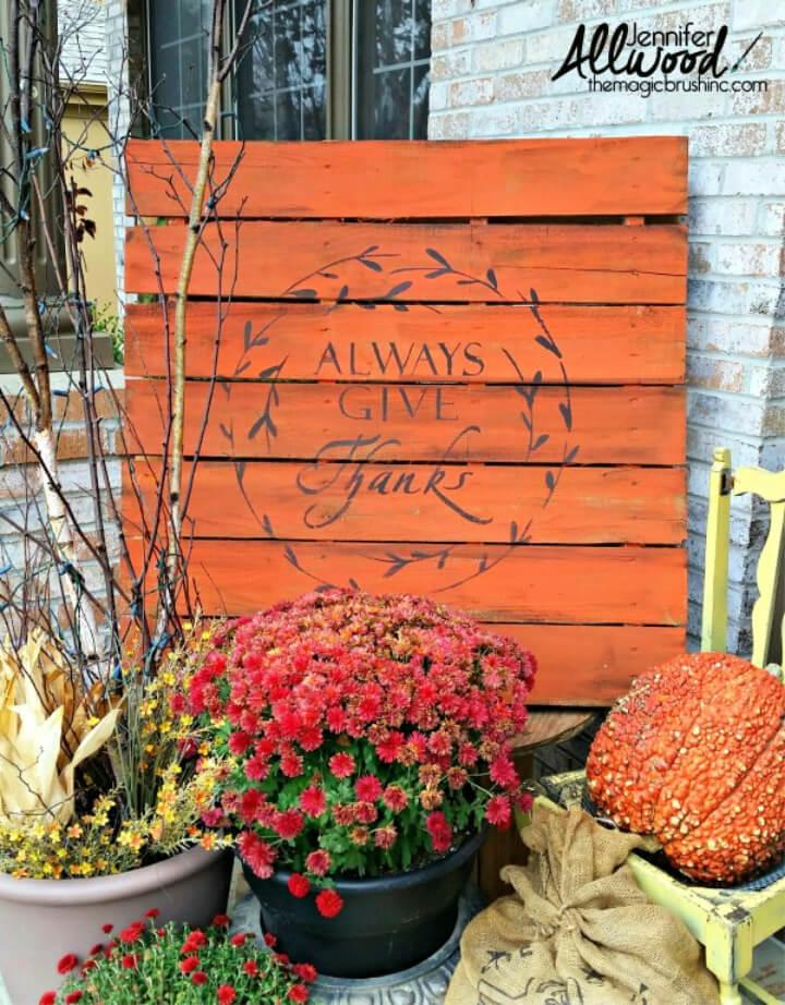 DIY Painted Pallet Porch Sign 1