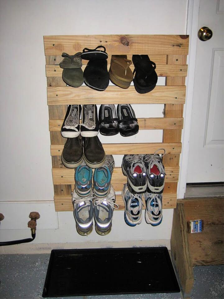 Make Pallet Wood Shoe Rack