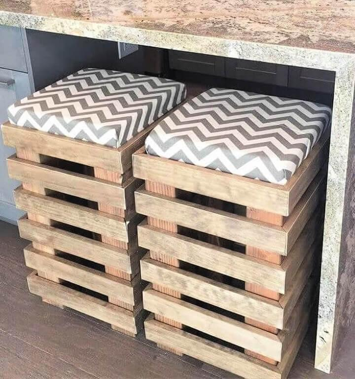 Stools Out of Pallets