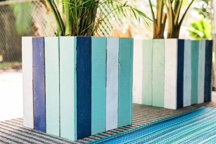 Upcycled Old Pallet Into Colorful Planter Boxes