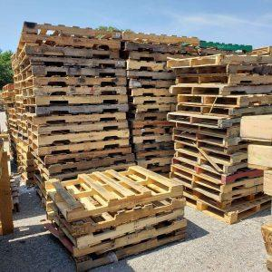 Free Pallets - 10 Ideas to Craft Your Own Furniture at Home