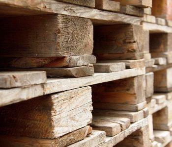 Easy Ways to Accessorize Pallet Furniture and Make it Unique